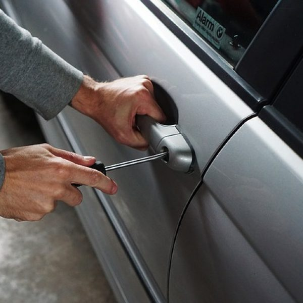 התקנת כספת לרכב – פתרון אידיאלי לגניבות כלי רכב